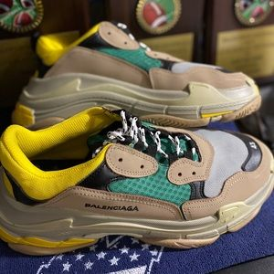 Balenciaga Shoes | Triple S Size 43